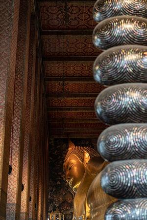 Reclining Buddha in Wat Phto