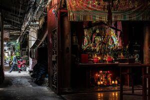 Altar in Tha Tien Market