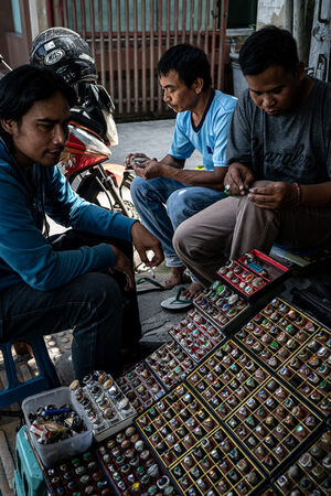 Ring seller on Hayam Wuruk Street