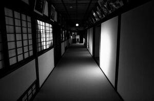 披雲閣の廊下
