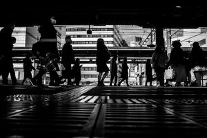Silhouettes in Hiratsuka Station