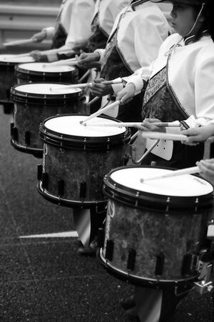 drums marching
