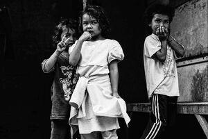 Three confused kids