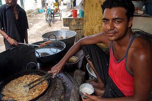 man making Jalebi