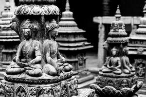 小さな仏塔