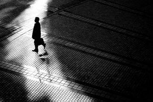影の間のシルエット