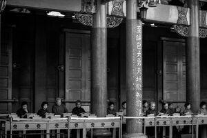 desks in Hsing Tian Kong
