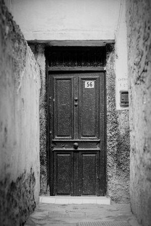56番の扉