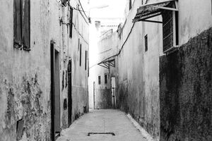 empty lane in Meknes