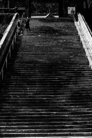 諏訪神社の長い階段