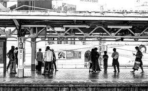 Opposite platform
