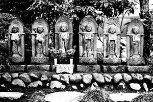six stone statues in Jorin-Ji
