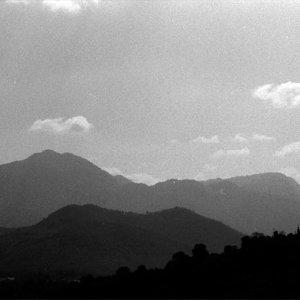 ルアンパバーンの周辺にそびえる山々