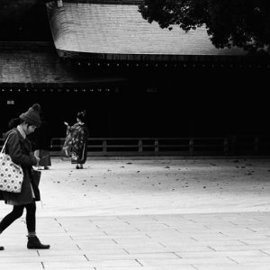 Girl heading for prayer hall in Meiji Jingu
