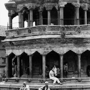 ダルバール広場に建つクリシュナ寺院