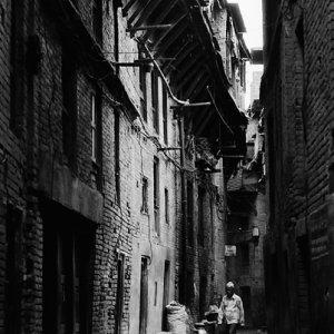 Dim alleyway in Bhaktapur