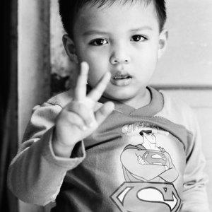 Superman throwing deuce