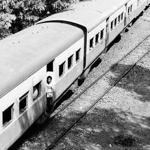 train running slowly