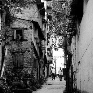 住宅街の坂道
