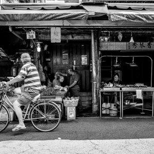 白蘭市場のお店
