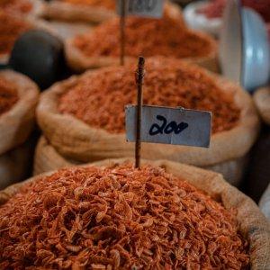 ター・ティアン市場で売られていた干しエビ