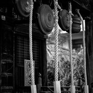 寺の銅鑼と縄