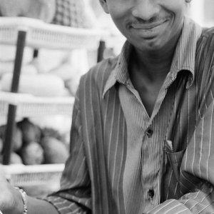果物屋の笑顔