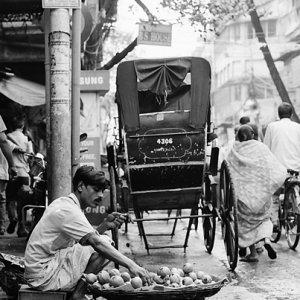 道端の果物売り