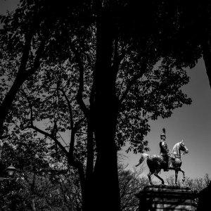 小松宮彰仁親王の騎馬像