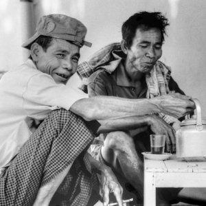 Men drinking tea