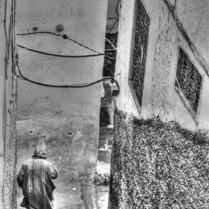 路地のジュラバ
