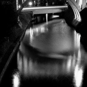 ライトアップされた聖橋