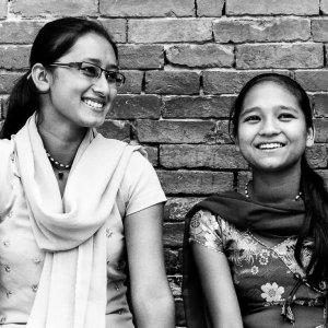 Girl wearing well-tailored saree
