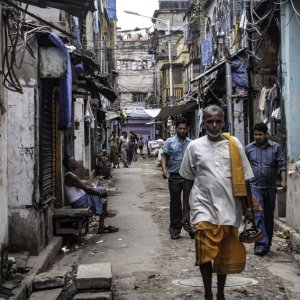 Local people walking off street in Kolkata