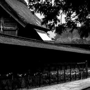 本殿の横の通路