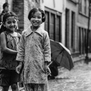 Smile in wet lane