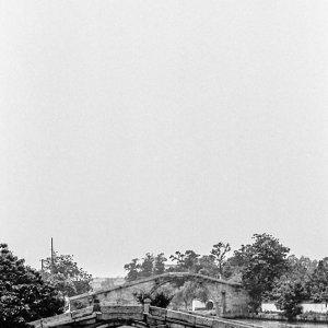 水路の架かる橋