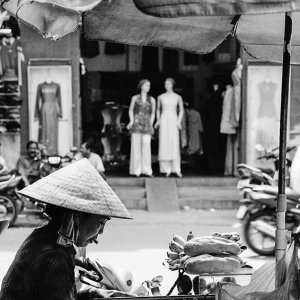 Food stall selling Bánh mì