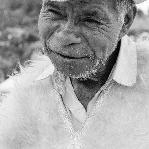 カウボーイハットを被った老人
