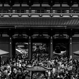 crowded precinct of Senso-Ji