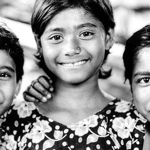 好奇心旺盛な三人の女の子
