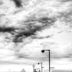雲の下の橋