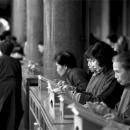 Women In Hsing Tian Kong @ Taiwan