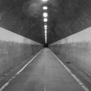 トンネルの出口は消失点