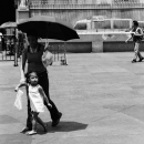 キアポ教会の前の傘