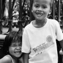 前歯の欠けた少年と少女