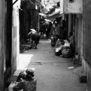 路地裏の人々