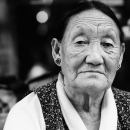 チベット族の女