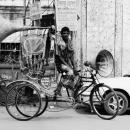 自転車の上の大きなスピーカー