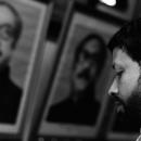 ラーマンの肖像画と男